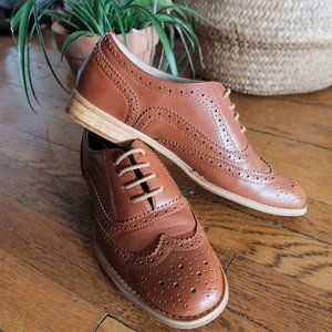 Wanted cognac oxfords